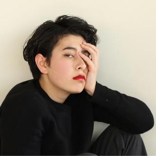 黒髪 ショート パーマ 暗髪 ヘアスタイルや髪型の写真・画像