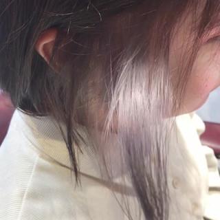 シルバー 切りっぱなしボブ ラベージュ oggiotto ヘアスタイルや髪型の写真・画像