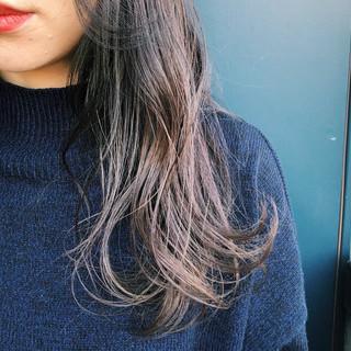 パープル 透明感 ロング グラデーションカラー ヘアスタイルや髪型の写真・画像