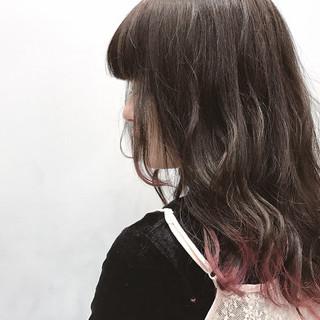 ストリート 波ウェーブ ピンク グラデーションカラー ヘアスタイルや髪型の写真・画像