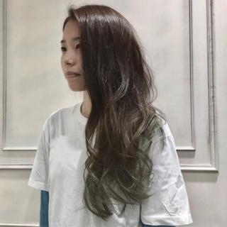 ゆるふわ 大人女子 外国人風 ロング ヘアスタイルや髪型の写真・画像 ヘアスタイルや髪型の写真・画像