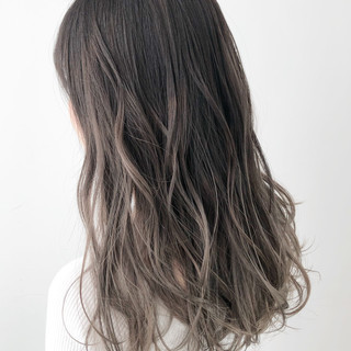 ヘアカラー ナチュラル グラデーションカラー ブリーチカラー ヘアスタイルや髪型の写真・画像