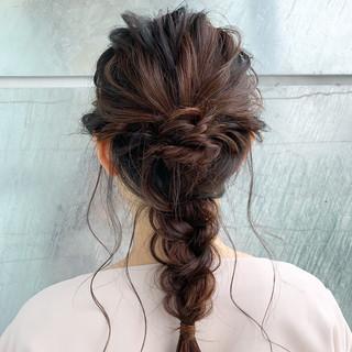 編みおろし フェミニン ゆるふわ デート ヘアスタイルや髪型の写真・画像