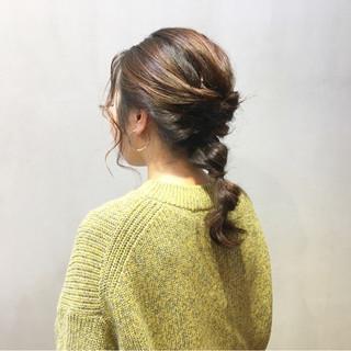 簡単ヘアアレンジ アプリコットオレンジ ナチュラル インナーカラーオレンジ ヘアスタイルや髪型の写真・画像