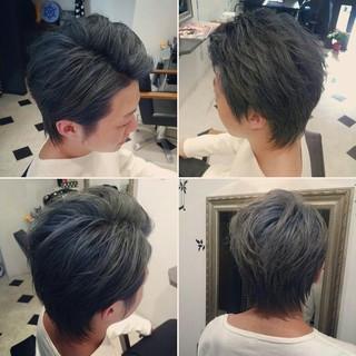 ショート メンズ アッシュ シルバーアッシュ ヘアスタイルや髪型の写真・画像