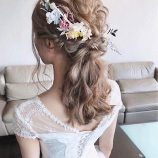 ヘアアレンジ ガーリー 結婚式 セミロング ヘアスタイルや髪型の写真・画像