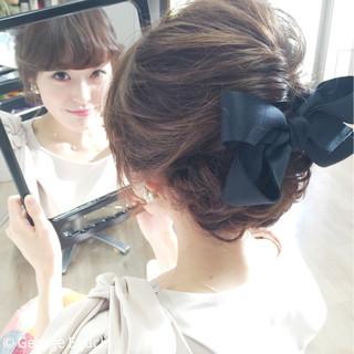 ヘアアレンジ フェミニン 波ウェーブ セミロング ヘアスタイルや髪型の写真・画像