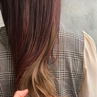 インナーカラー インナーカラーグレージュ ピンクアッシュ ロング ヘアスタイルや髪型の写真・画像
