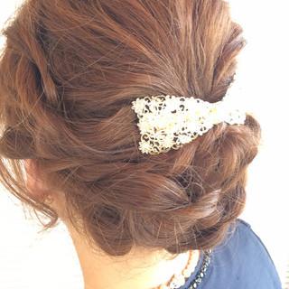 ミディアム 大人女子 ヘアアレンジ エレガント ヘアスタイルや髪型の写真・画像 ヘアスタイルや髪型の写真・画像