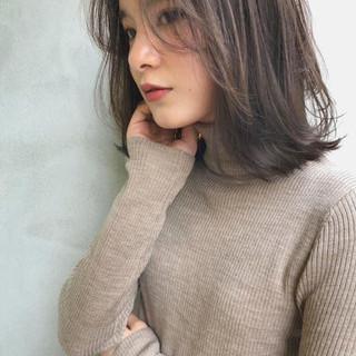 大人かわいい アンニュイほつれヘア ゆるふわ ミディアム ヘアスタイルや髪型の写真・画像