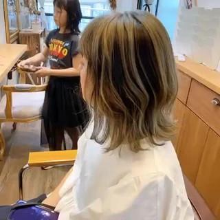 ミントアッシュ ストリート アッシュベージュ ボブ ヘアスタイルや髪型の写真・画像