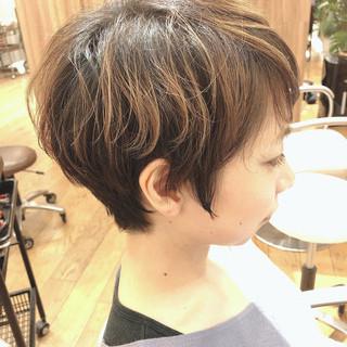 ベリーショート ショートボブ ナチュラル 白髪染め ヘアスタイルや髪型の写真・画像