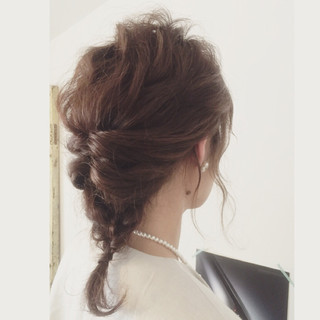 簡単ヘアアレンジ 結婚式 大人かわいい ミディアム ヘアスタイルや髪型の写真・画像