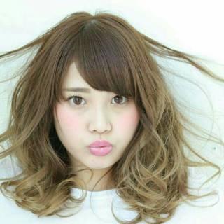 ゆるふわ モテ髪 ミディアム コンサバ ヘアスタイルや髪型の写真・画像