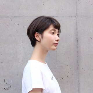ヘアアレンジ リラックス 透明感 ショート ヘアスタイルや髪型の写真・画像