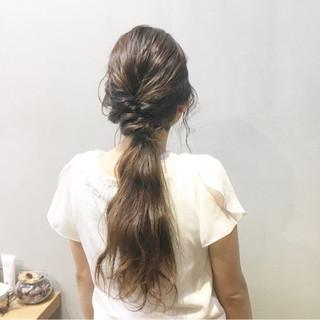 デート ロング 簡単ヘアアレンジ ローポニーテール ヘアスタイルや髪型の写真・画像