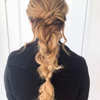 セミロング ヘアアレンジ アンニュイほつれヘア 結婚式 ヘアスタイルや髪型の写真・画像