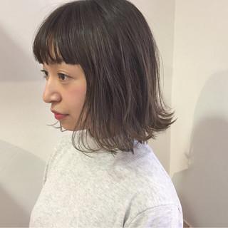 ウェーブ ハイライト アンニュイ ボブ ヘアスタイルや髪型の写真・画像