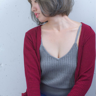 ハイライト アッシュ グレージュ 暗髪 ヘアスタイルや髪型の写真・画像
