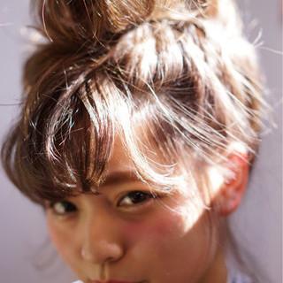 お団子 ショート 簡単ヘアアレンジ ストリート ヘアスタイルや髪型の写真・画像 ヘアスタイルや髪型の写真・画像