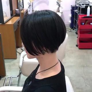 ボブ アウトドア オフィス 黒髪 ヘアスタイルや髪型の写真・画像 ヘアスタイルや髪型の写真・画像