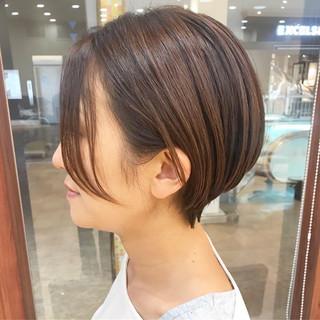 コンサバ オフィス 横顔美人 ショート ヘアスタイルや髪型の写真・画像
