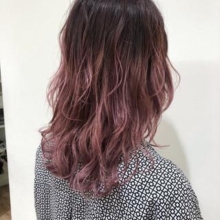 ピンク ブリーチオンカラー 透明感 ブリーチ ヘアスタイルや髪型の写真・画像 ヘアスタイルや髪型の写真・画像