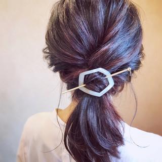 デート お呼ばれ ローポニー ヘアアレンジ ヘアスタイルや髪型の写真・画像