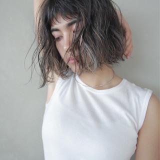 ウェーブ アンニュイ パーマ 透明感 ヘアスタイルや髪型の写真・画像