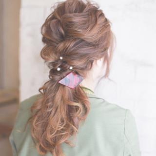 ロング 簡単ヘアアレンジ アッシュ ヘアアレンジ ヘアスタイルや髪型の写真・画像