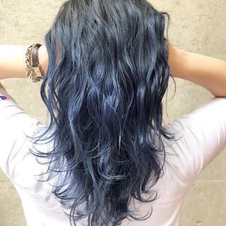 ブルー グレージュ セミロング ラベンダーアッシュ ヘアスタイルや髪型の写真・画像
