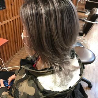 ハイライト ミディアム バレイヤージュ フェミニン ヘアスタイルや髪型の写真・画像 ヘアスタイルや髪型の写真・画像