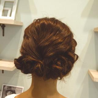 ミディアム 簡単ヘアアレンジ フェミニン ガーリー ヘアスタイルや髪型の写真・画像