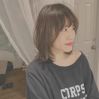 こなれ感 外ハネ ミディアム デート ヘアスタイルや髪型の写真・画像