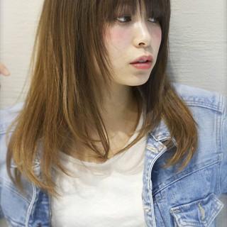 セミロング フェミニン ナチュラル グラデーションカラー ヘアスタイルや髪型の写真・画像