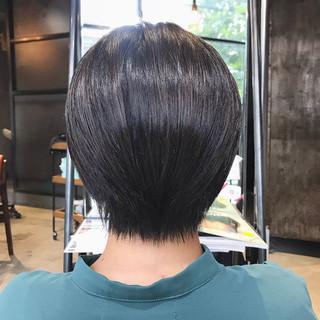 大人かわいい 大人可愛い ハンサムショート 斜め前髪 ヘアスタイルや髪型の写真・画像