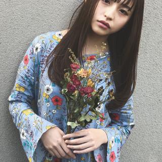 外国人風 大人かわいい ゆるふわ ストレート ヘアスタイルや髪型の写真・画像
