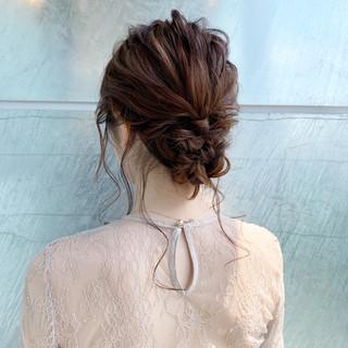 ヘアアレンジ 簡単ヘアアレンジ シニヨン ガーリー ヘアスタイルや髪型の写真・画像