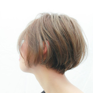 ローライト ショート 外国人風カラー ショートボブ ヘアスタイルや髪型の写真・画像