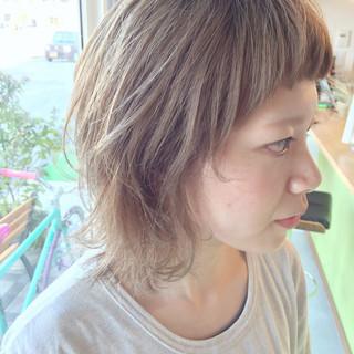 夏 ストリート ピュア ホワイト ヘアスタイルや髪型の写真・画像 ヘアスタイルや髪型の写真・画像