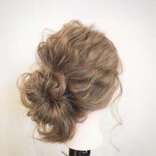 セミロング ヘアアレンジ お団子 ショート ヘアスタイルや髪型の写真・画像