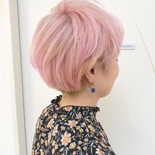 ハイトーンカラー ショートボブ ダブルカラー ピンク ヘアスタイルや髪型の写真・画像