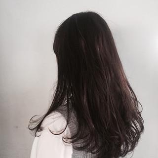 暗髪 アッシュ ナチュラル 前髪あり ヘアスタイルや髪型の写真・画像