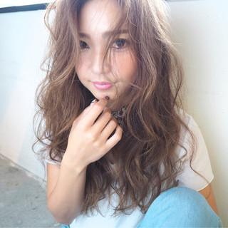 ピュア 外国人風 ロング 冬 ヘアスタイルや髪型の写真・画像