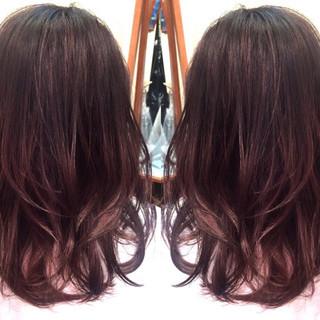 暗髪 グラデーションカラー 外国人風 セミロング ヘアスタイルや髪型の写真・画像