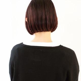 ベリーピンク ショートボブ ミニボブ ボルドー ヘアスタイルや髪型の写真・画像