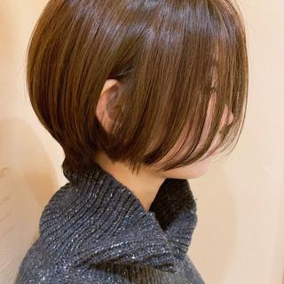 ショートヘア オフィス ショート ショートボブ ヘアスタイルや髪型の写真・画像