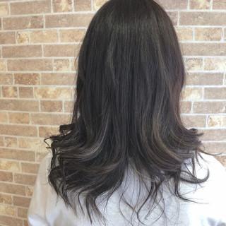セミロング ハイライト フェミニン 外国人風 ヘアスタイルや髪型の写真・画像