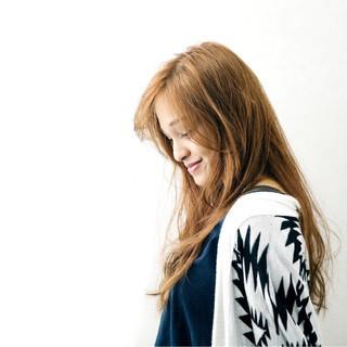 ロング 冬 大人女子 グラデーションカラー ヘアスタイルや髪型の写真・画像