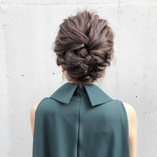 アンニュイほつれヘア ミディアム 結婚式 ナチュラル ヘアスタイルや髪型の写真・画像 ヘアスタイルや髪型の写真・画像